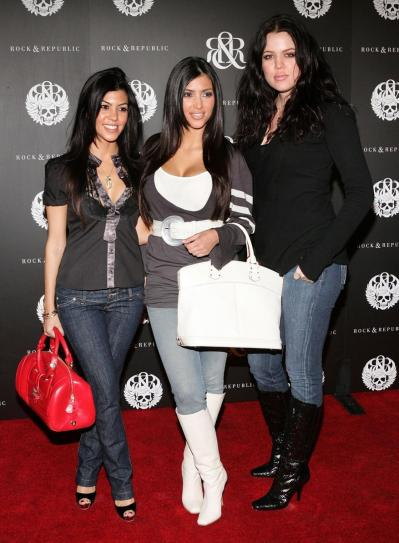 kourtney-kardashian-kim-kardashian-khloe-kardashian-2006