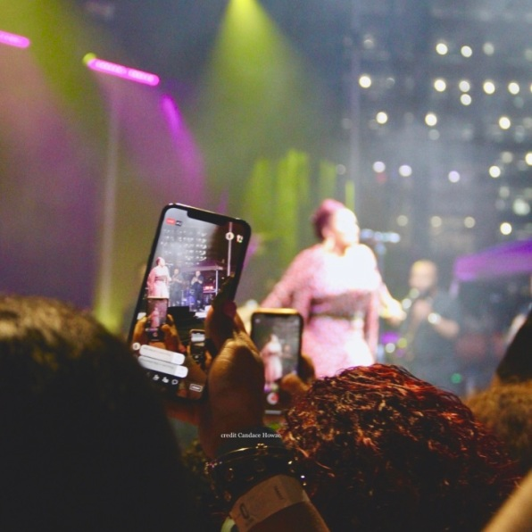 A fan live-streaming Jill Scott